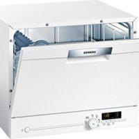 Comparatif des meilleurs Lave-vaisselle compacts # 7 Lave vaisselle mini Siemens SK26E221EU - Mini lave vaisselle- Classe A+ / 48 decibels - 6 couverts - Blanc bandeau : Blanc